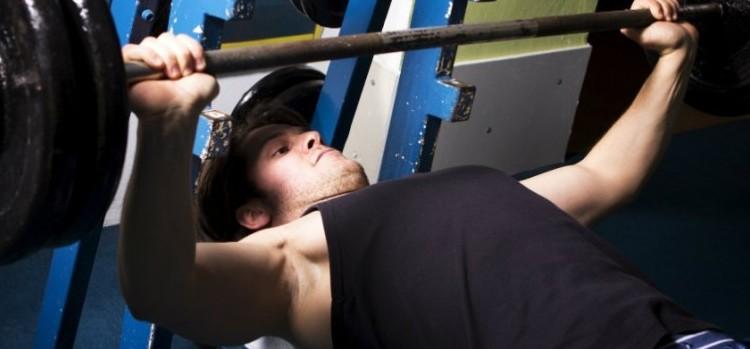 Borstspieren trainen in 5 oefeningen